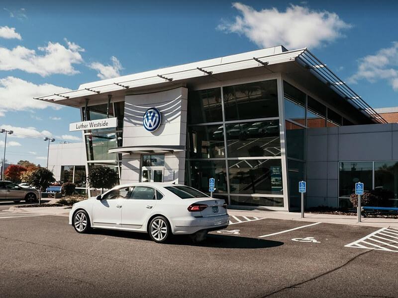 Exterior photo of Luther Westside Volkswagen